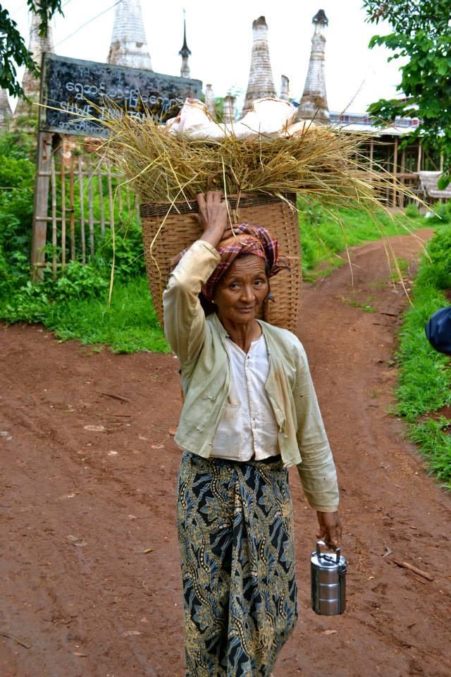 birmanie_lac_inle_femme