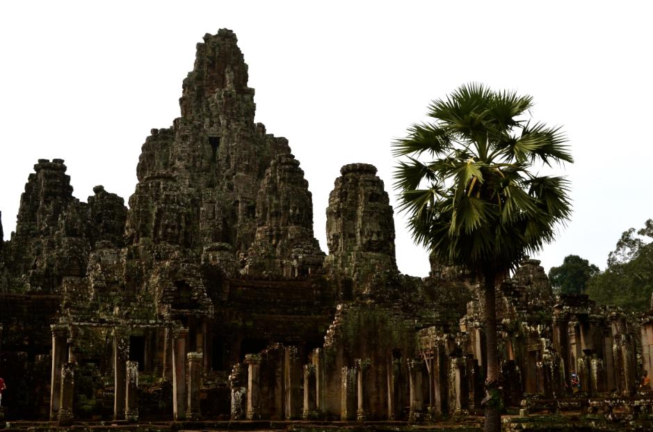 angkor_temples_bayon_visages